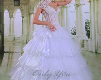 White, size 8, Ball gown white wedding dress straps