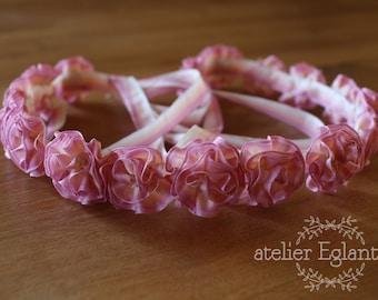 Crown wedding flowers of old Ribbon rose