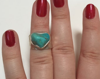 Vintage Heart Shaped Turquoise Chunk 925 Sterling Silver Madeline Andree Ring