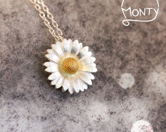 Daisy - Sterling Silver Necklace (24K Gold Plated)