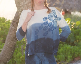 Oversized Shirt with Boat Neck - Ombre T-Shirt with Paisley Print - Organic Cotton T-Shirt - Bamboo Shirt - Festival Clothing - Eco Fashion