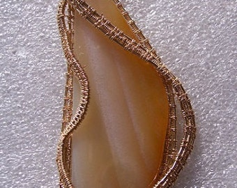 Agate in Gold