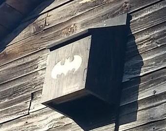 Nest box for bat