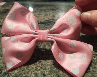 Hair bow: Polkadot 'O' Fun bow