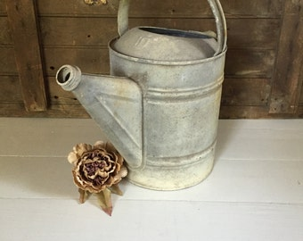 Vintage Rustic Glavanized Watering Can