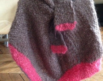 Poncho with scarf, wool the drugstores, 2-4 years