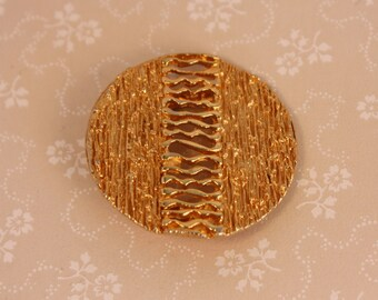 Round Vintage Scarf Clip - 70s Gold Plated Scarf Clip - Textured Circle Scarf Clip