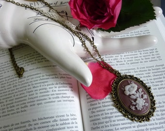 """""""Cameo"""" Flower necklace"""