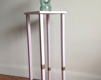 Plant stand in pale pink and gold