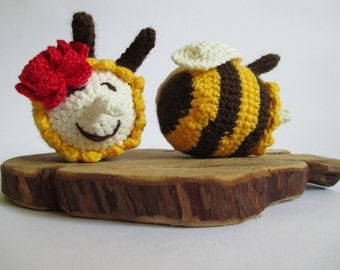 Two Little Bees, Hand Knitted Bees, Crochet Decorative Toys, Hand-Knitted Toys, Home Decor, Soft Handmade Toys, Crocheted Puppets