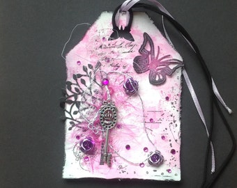 Sweet 16 gift tag, pink and black tag, gift tags handmade, tag with key, feminine gifts, unique tags, handmade tags, special tags, luxury