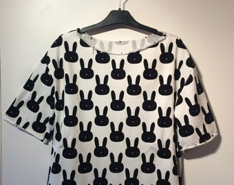 Bunnies - Oversize T-Shirt for lazy afternoons