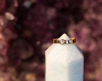 Maine Morganite solitaire ring