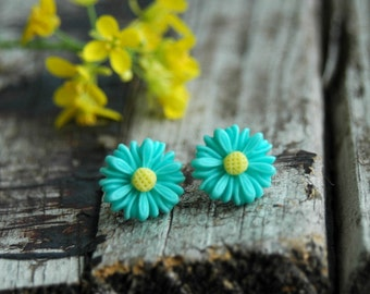 Teal Daisy Stud Earrings . Summer Outdoors . Best Friend Birthday Gift . Surgical Steel Studs . Teal Stud Earrings . Flower Earrings