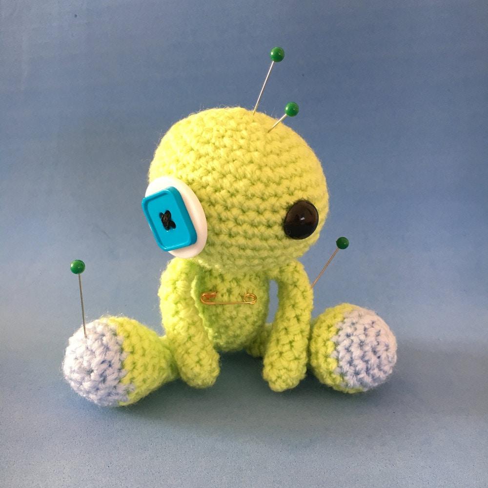 Amigurumi Voodoo Doll : Legolas the Amigurumi Green Voodoo Doll