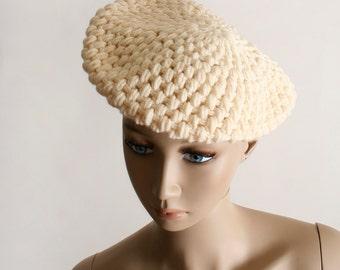Vintage Cream Knit Beret