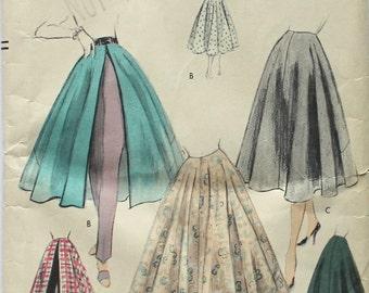 Very Easy to Make 1940's Skirt Vogue 8640 Waist 26