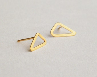 Gold triangle stud earrings, solid 14k gold earrings, 14k gold stud earrings, geometric gold earrings, 14 karat gold tiny gold stud earrings