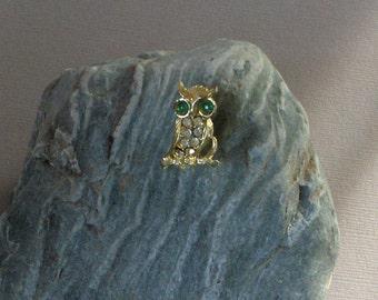 Owl Vintage Signed Rhinestone Brooch
