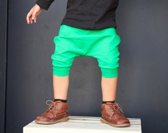 Baby Boy Baby Girl Kelly Green, Spring Green Harem Shorts: Etsy kid's fashion, toddler boy toddler girl, Easter Baby, Easter Outfit