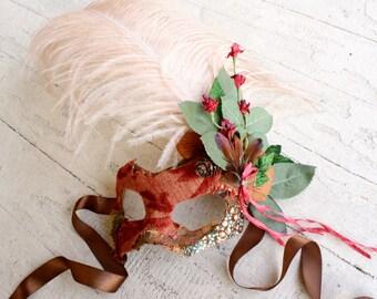 Regent - Asymmetrical Masquerade Fairy Mask in Autumn Colors