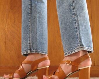 1970s MUSTARD ITALIAN chunky heel sandals 6.5