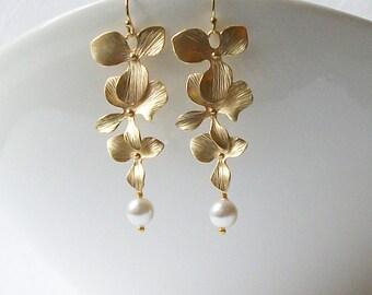 Pearl Flower Dangle Earrings, Pearl Earrings, Bridal Jewelry