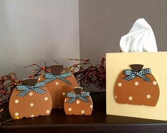 Pumpkin tissue box & set of 3 standing pumpkins