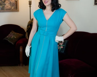Vintage 1960s Dress - Terrific Designer Mollie Parnis Teal Cotton Linen Early 60s Dress with Full Skirt and Wide Belt