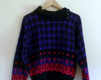 Vintage Bold Sweater with Turtleneck Option - Size S/M