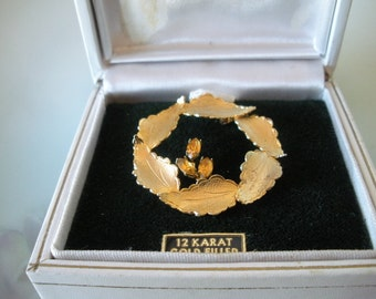 Vintage Signed ANGELA 12K G.F. GOLD Filled Leaf Wreath Pin w/CITRINE Stones in Windsor Fifth Avenue Box Estate Jewelry
