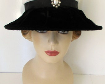 Vintage Wide Brim Hat Avant Garde Art Deco Hat Black and White Velvet
