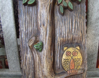 Vintage Retro Owl in Tree with Frog Wallhanging