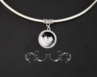 Amore Custom photo portrait pendant