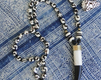 BONE BEADS with Black and White Tusk Necklace, boho, tribal, mudcloth