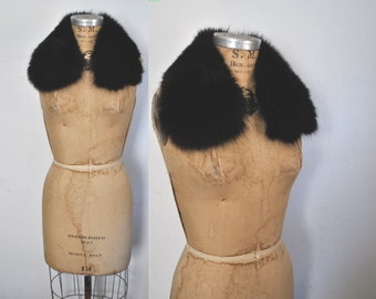 Fox Black Collar / soft genuine fur / peter pan