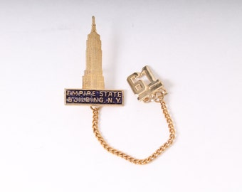 vintage Gold NEW YORK 1961 Empire state Building brooch chain pin