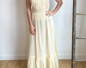 1970s Dress // Cream Maxi Dress with Lace Details
