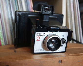 Vintage Polaroid Square Shooter 2 Camera with Case & Instructions