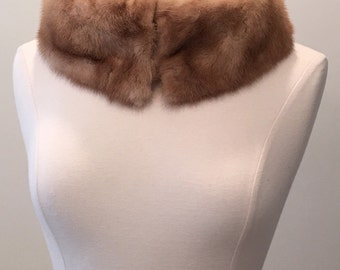 1950 1960 Vintage Mink Fur Collar - Honey Blonde Mink - Winter Fur Accessory - Recycled Fur - UpCycle Up Cycle Fur Collar - Chic Elegant
