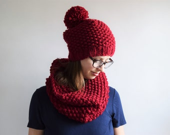 Chunky Knit Hat and Scarf Set // Knitted Cowl // Pom Pom Hat // Chunky Knit Hat // Hats for Women // Valentine's Day Gift