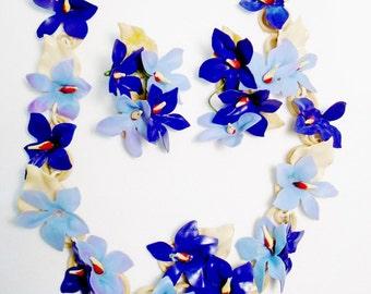 Vintage Lucite  Flower Necklace An Up The Ear Earrings Antique Rare Big Set Lot 1930s Two Tone Blue Runway Statement Art Nouveau Lei Choker