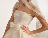 Mantilla Veil, Lace Mantilla, Floral Lace - Fingertip Length