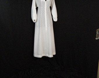 Mod Dress Long White Vintage 1960s Eyelet Eye-Ful MAXI Dress SM