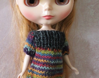 Colourful knitted dress for Blythe