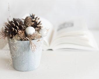 Christmas table decor Holiday centerpiece - Christmas decoration - Natural Christmas decor - Christmas gift hostess