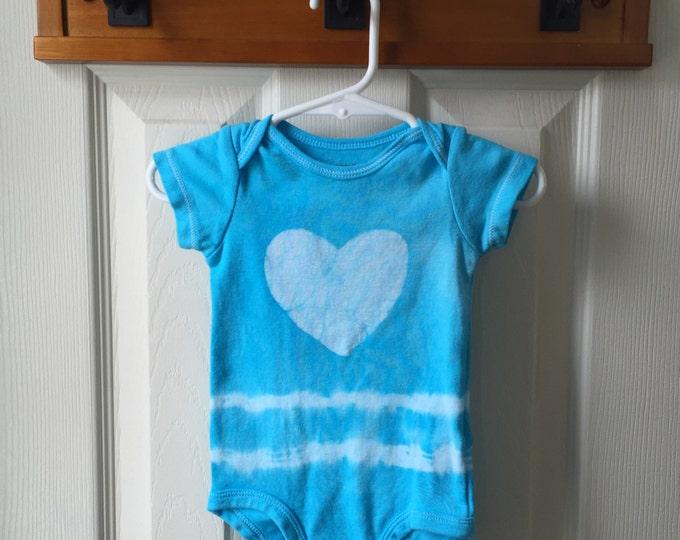 Heart Baby Bodysuit, Blue Baby Bodysuit, Tie Dye Baby Bodysuit, Light Blue Baby Gift, Baby Shower Gift, Gender Neutral Baby Gift  (6 months)