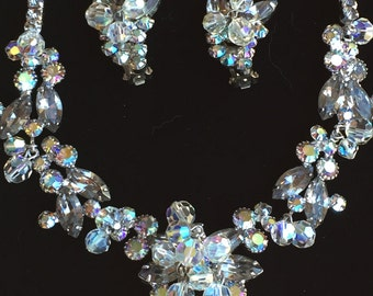 Confirmed D&E Juliana Sparkling Necklace/Earrings Set