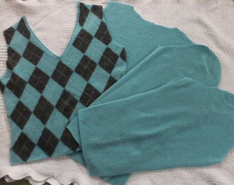 Felted Cashmere Sweater Remnants Fabric Light Turquoise Teal Argyle Pattern Recycled Wool Sewing Craft Projects