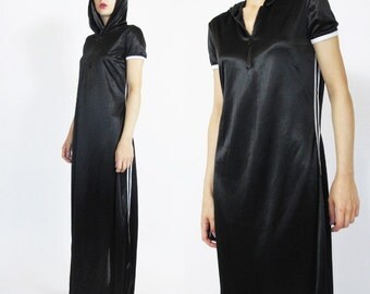 90s Sporty Maxi Dress Health Goth Hip Hop Hooded Dress Black and White Dress Racing Stripes Cyber Zipper Jersey Maxi Dress (M/L)